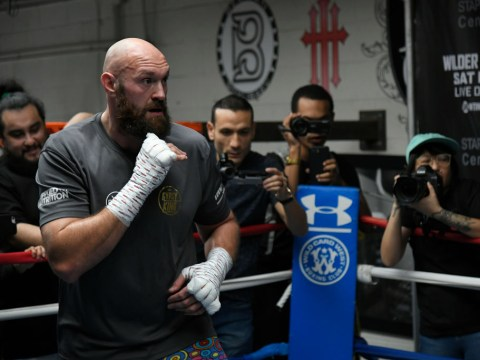 Video: Tyson Fury kicks out reporter during media scrum