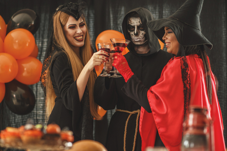 Halloween cocktails and punch ideas that will be the perfect drinks for your party