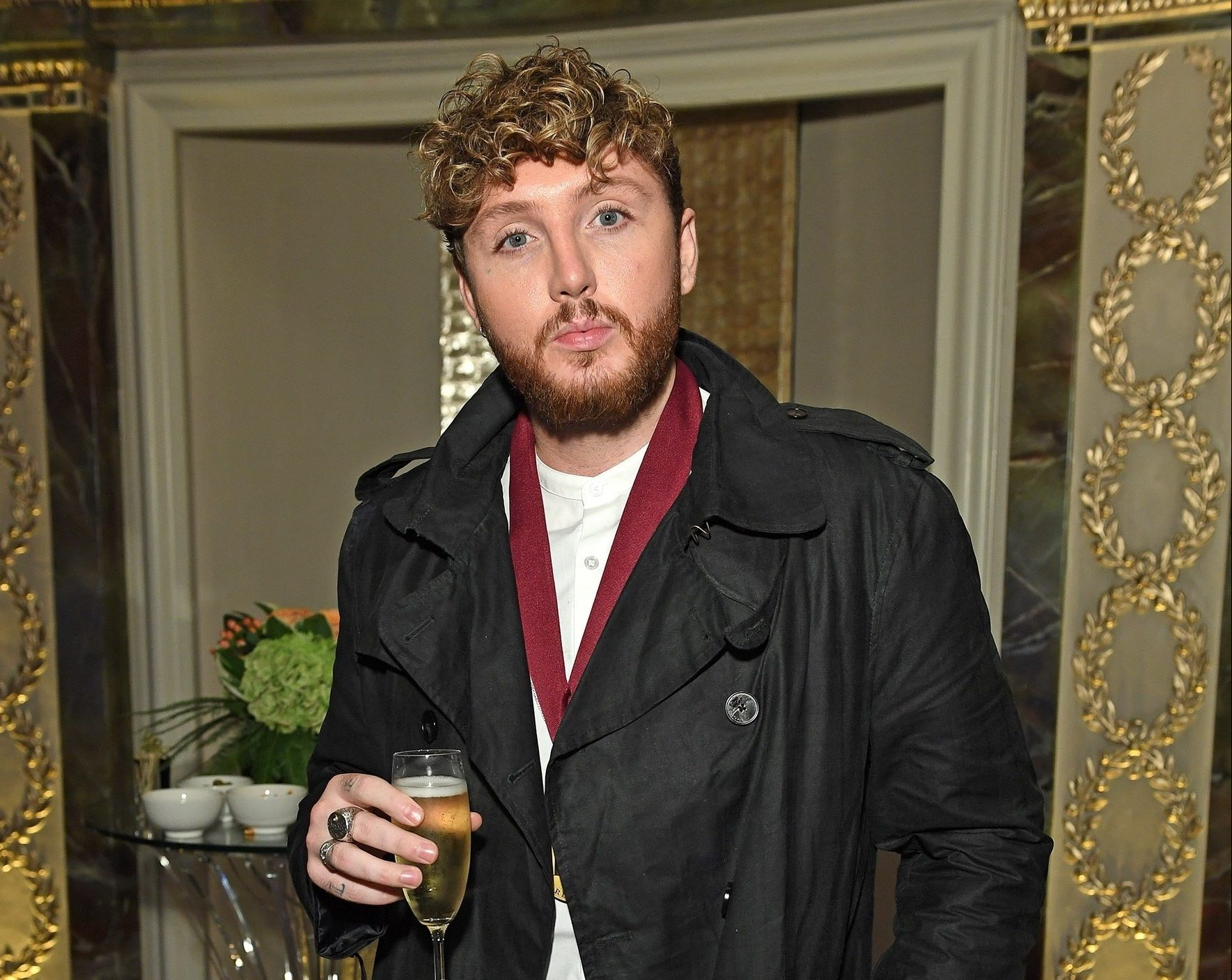 BGUK_1355890 - London, UNITED KINGDOM - Celebrities attend the BMI Awards 2018 at The Dorchester. Pictured: James Arthur BACKGRID UK 1 OCTOBER 2018 BYLINE MUST READ: TIMMSY / BACKGRID UK: +44 208 344 2007 / uksales@backgrid.com USA: +1 310 798 9111 / usasales@backgrid.com *UK Clients - Pictures Containing Children Please Pixelate Face Prior To Publication*