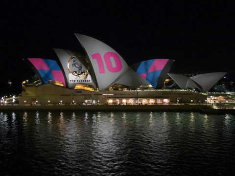 Advert on sails of Sydney Opera House is dividing Australians