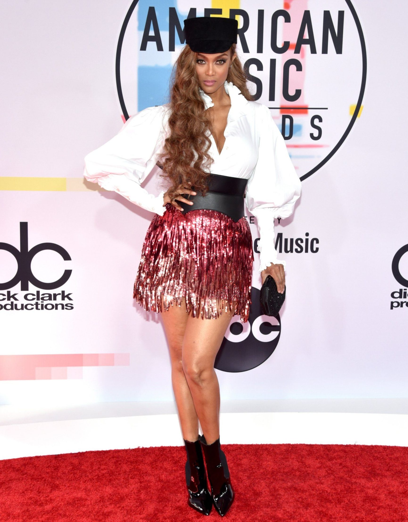 LOS ANGELES, CA - OCTOBER 09: Tyra Banks attends the 2018 American Music Awards at Microsoft Theater on October 9, 2018 in Los Angeles, California. (Photo by John Shearer/Getty Images For dcp)