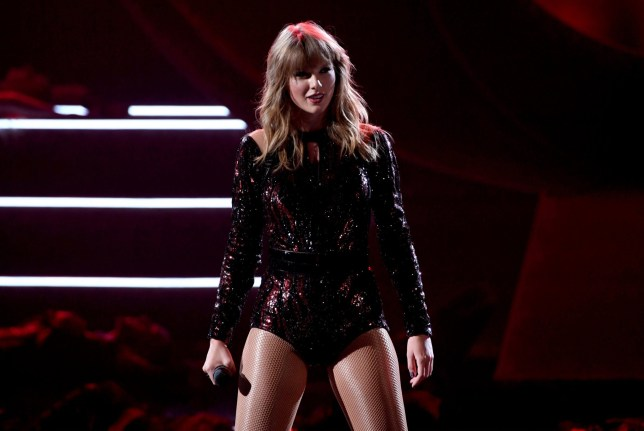 Taylor Swift performs at the 2018 American Music Awards in 2018 during her Reputation era