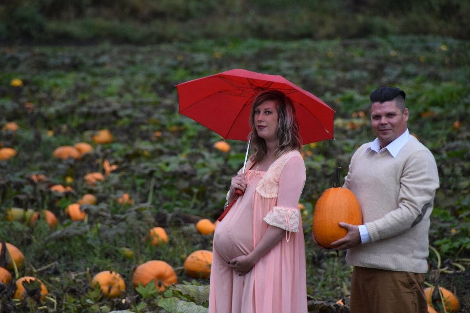 Pic 2. Todd Cameron - Alien maternity shoot in British Columbia (Picture: Li Carter)