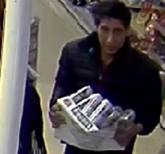 David Schwimmer responds as lookalike criminal is wanted by police