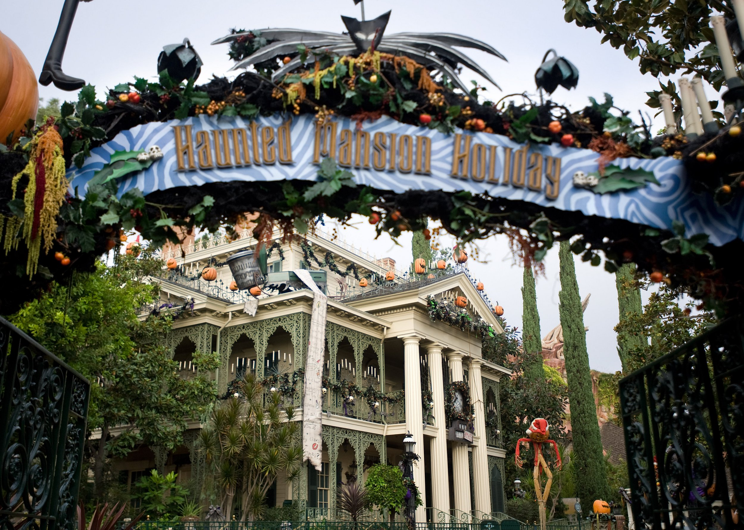 ANAHEIM, CA - OCTOBER 13: The Disney Haunted Mansion is creeped up for Halloween with dark plants and scary-faced pumpkins. ///ADDITIONAL INFORMATION: ??? MINDY SCHAUER, ORANGE COUNTY REGISTER ??? shot 101314 HG.HAUNTEDMANSION.1118 Brian Sandahl, a senior art director at Disney, is responsible for the yearly decorating of the Haunted Mansion, including the gingerbread house inside the attraction. (Photo by Mindy Schauer/Digital First Media/Orange County Register via Getty Images)