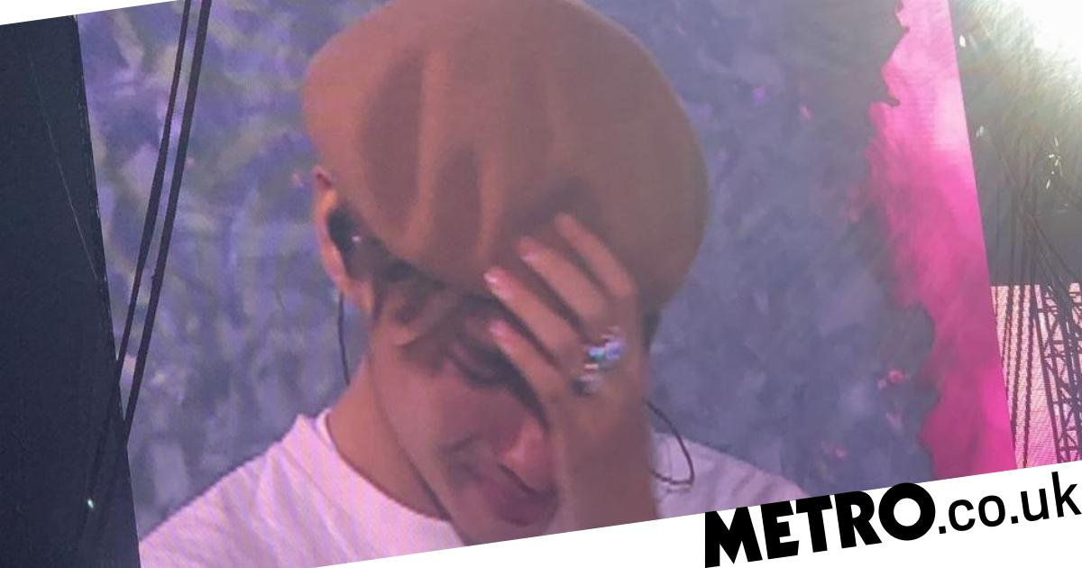 BTS V breaks down in tears over illness at Paris concert | Metro News