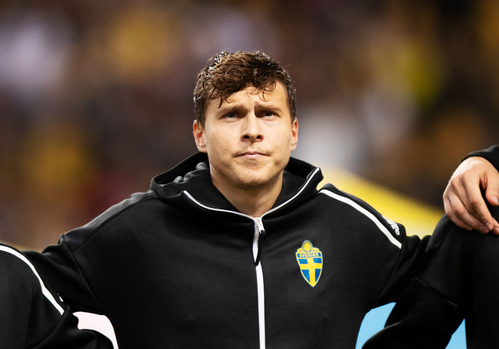 Sweden boss provides Victor Lindelof update after Man Utd star's injury scare