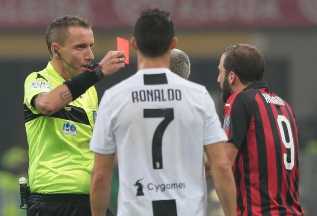 pretty nice 6d149 2043d What Cristiano Ronaldo told Gonzalo Higuain after red card ...