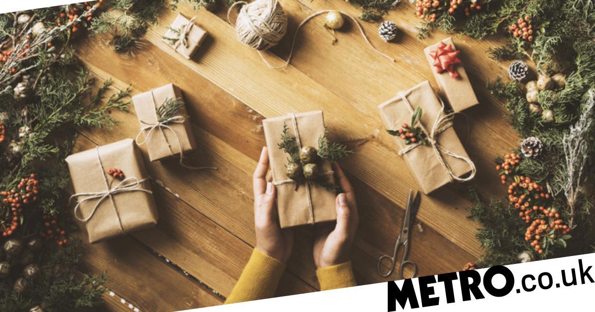 Bows 2 Metre Wrapping Presents Christmas Tree Decoration Green Ribbon