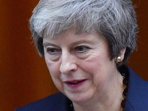 Theresa May 'facing call for vote of no confidence tomorrow'