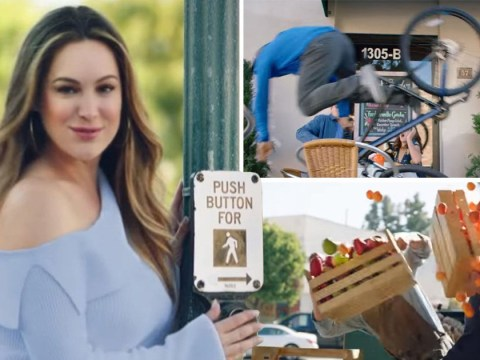 Kelly Brook's Skechers advert cleared by TV watchdogs over claims it 'objectifies women'