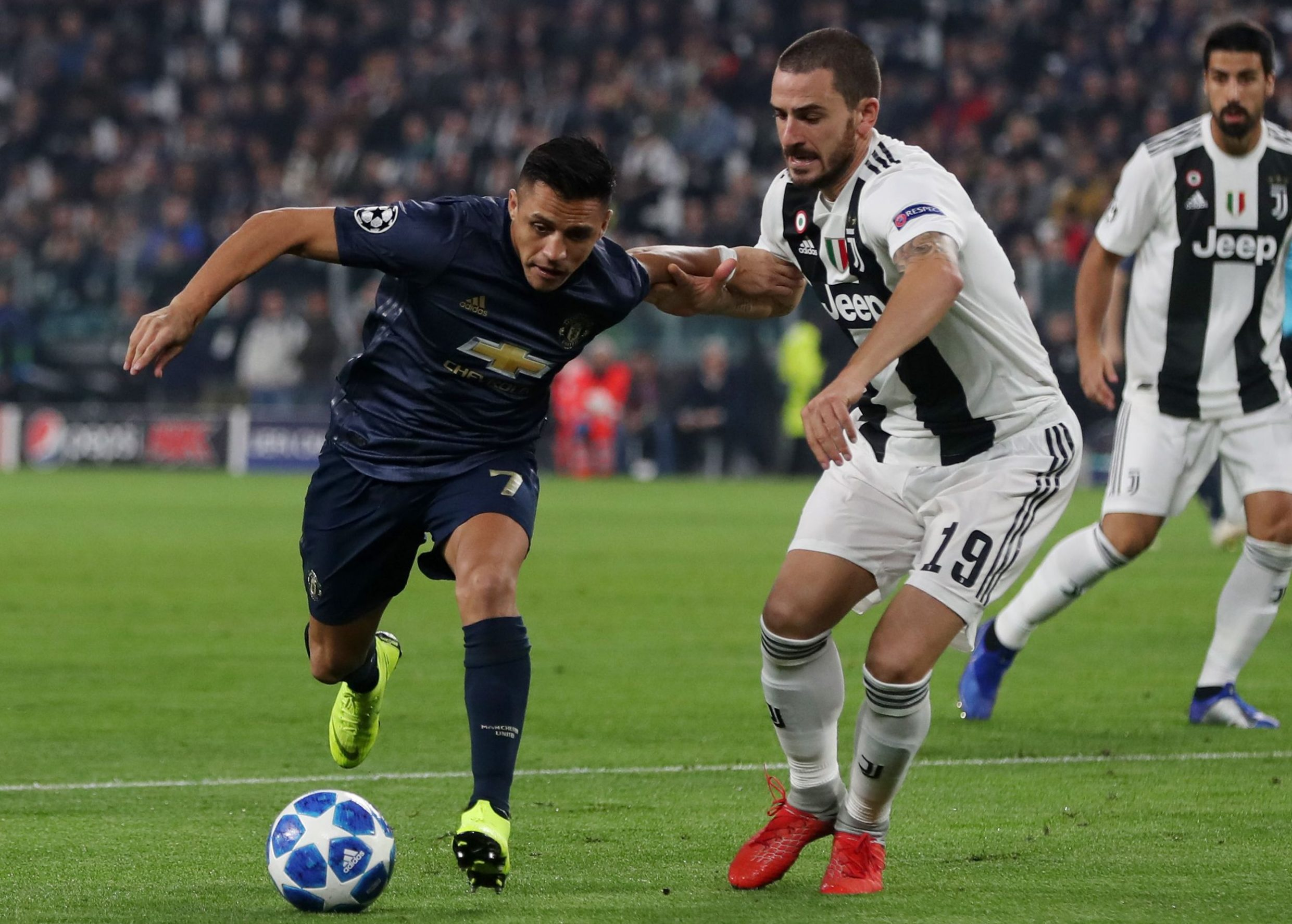 Mandatory Credit: Photo by Paul Currie/BPI/REX (9970191w) Alexis Sanchez of Manchester United and Leonardo Bonucci of Juventus Juventus v Manchester United, UEFA Champions League Group H, Football, Allianz Stadium, Turin, Italy - 07 Nov 2018