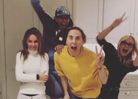 METRO GRAB VIA INSTAGRAM Spice Girls - Geri Horner, Emma Bunton, Mel B, Mel C https://www.instagram.com/p/BqAtgmGnZAm/