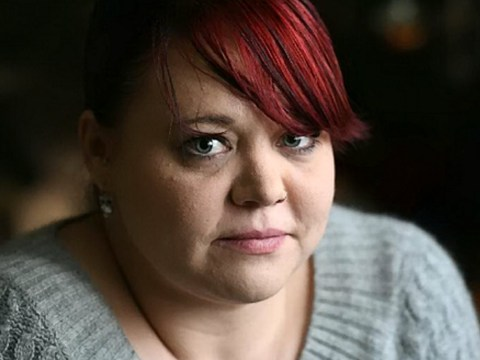 Single mum 'forced to sell her clothes to feed family on Universal Credit'