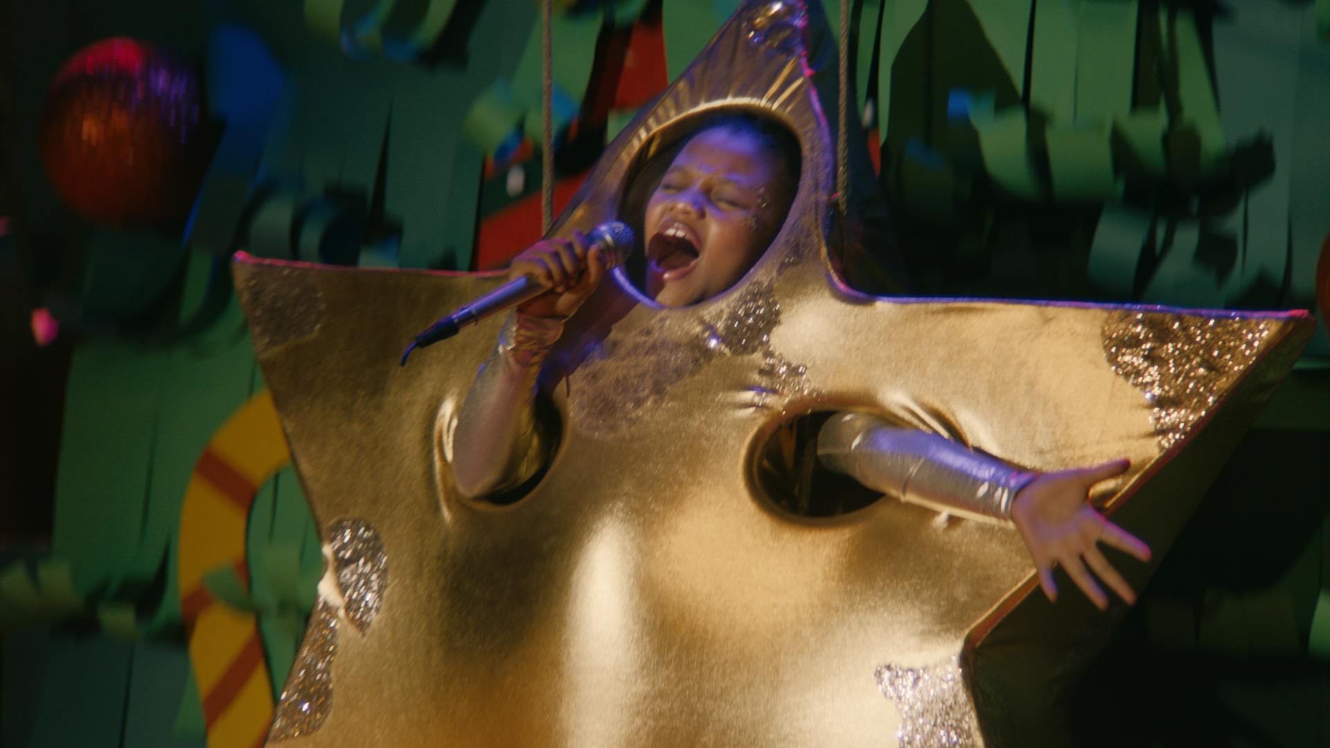 Who is Tia Isaac, the eight-year-old star of Sainsbury's Christmas advert?