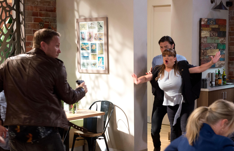Neighbours spoilers: Stefan Dennis teases 'biggest storyline in soap's history' as huge siege looms