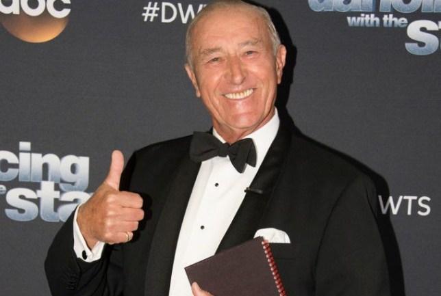 Len Goodman thumbs up