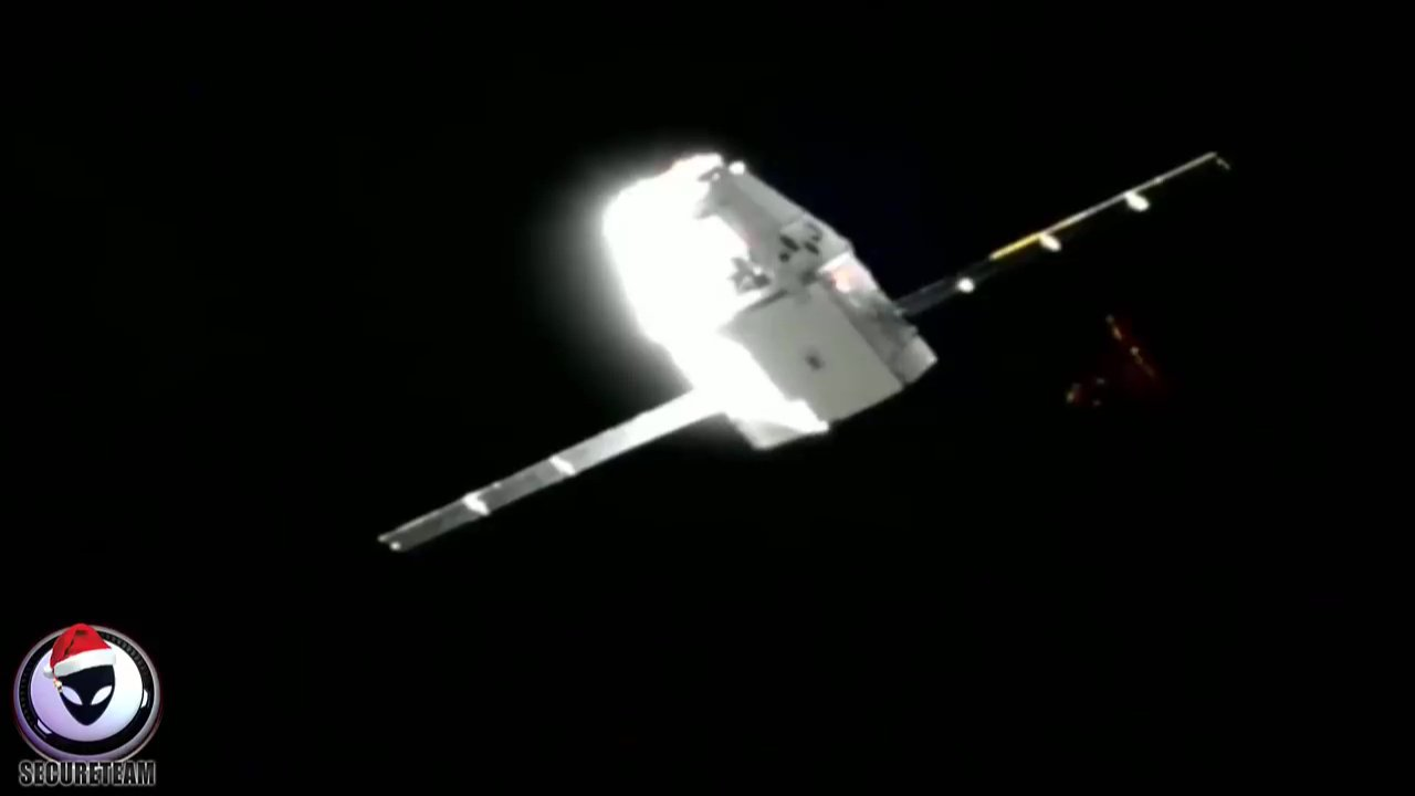Is Elon Musk covering up existence of a UFO? Picture: secureteam10 METROGRAB
