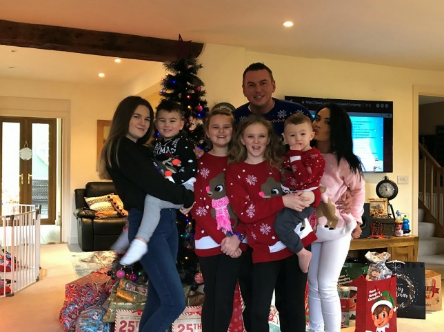 Multimillionaire vows to spend just £50 on kids' Christmas presents