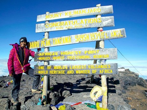 Woman who lost her leg at 17 leads other amputees up Kilimanjaro