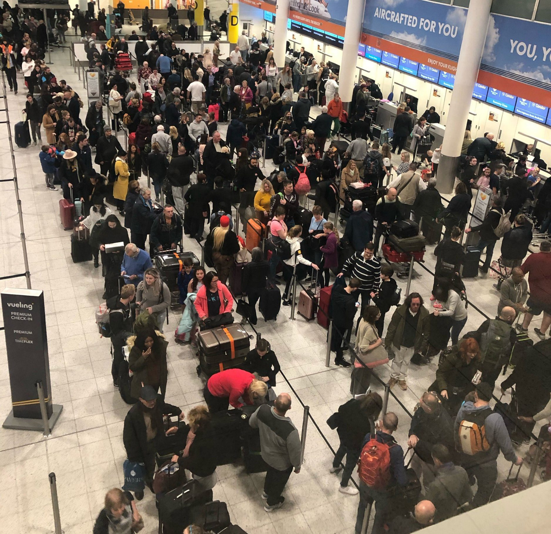 Queues of passengers in the check in area at Gatwick Airport this morning, as the airport remains closed after drones were spotted over the airfield last night and this morning. PRESS ASSOCIATION Photo. Picture date: Thursday December 20, 2018. See PA story AIR Gatwick. Photo credit should read: Thomas Hornall/PA Wire