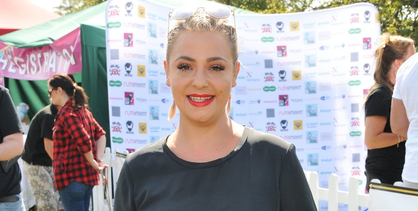 Lisa Armstrong to give up custody of dog? (legal, contact rep)
