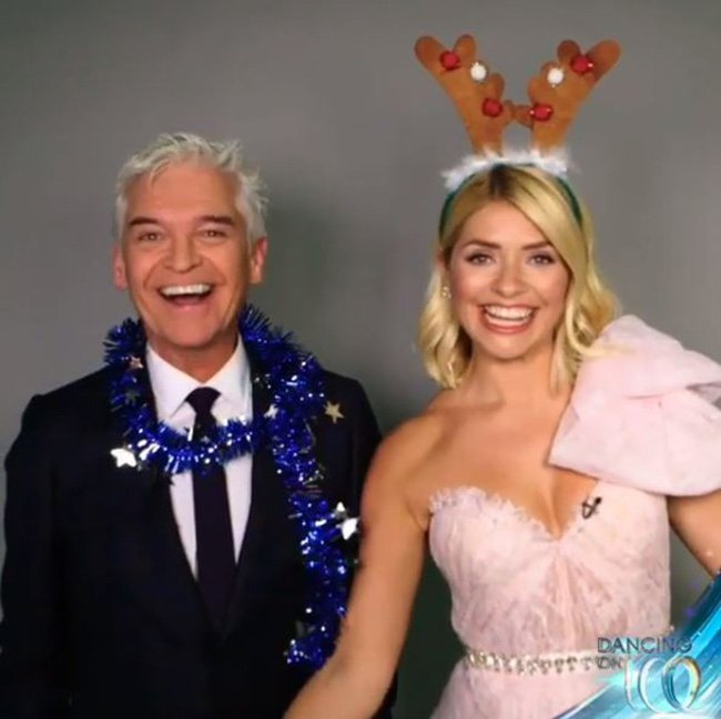 Holly Willoughby and Phillip Schofield get into the Christmas spirit as they belt out hilarious rendition of Deck The Halls