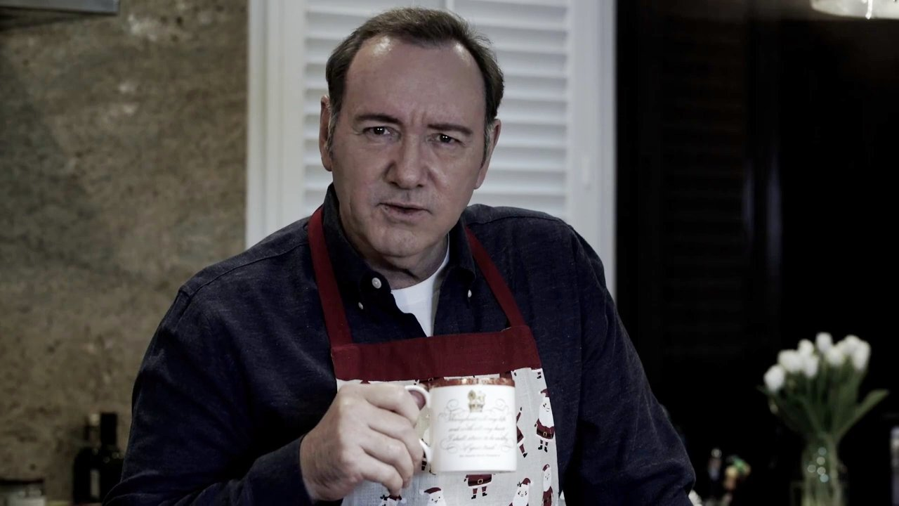 METROGRAB: Kevin Spacey breaks silence with bizarre video as Frank Underwood