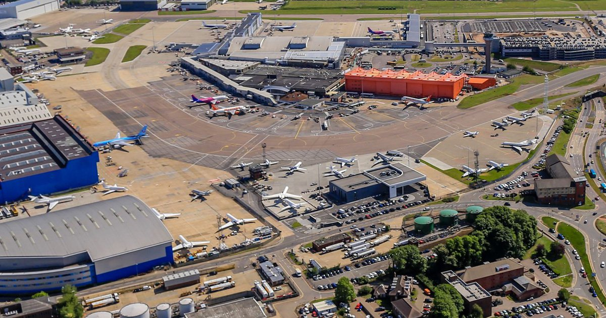 Man arrested at Luton Airport on suspicion of terror offences