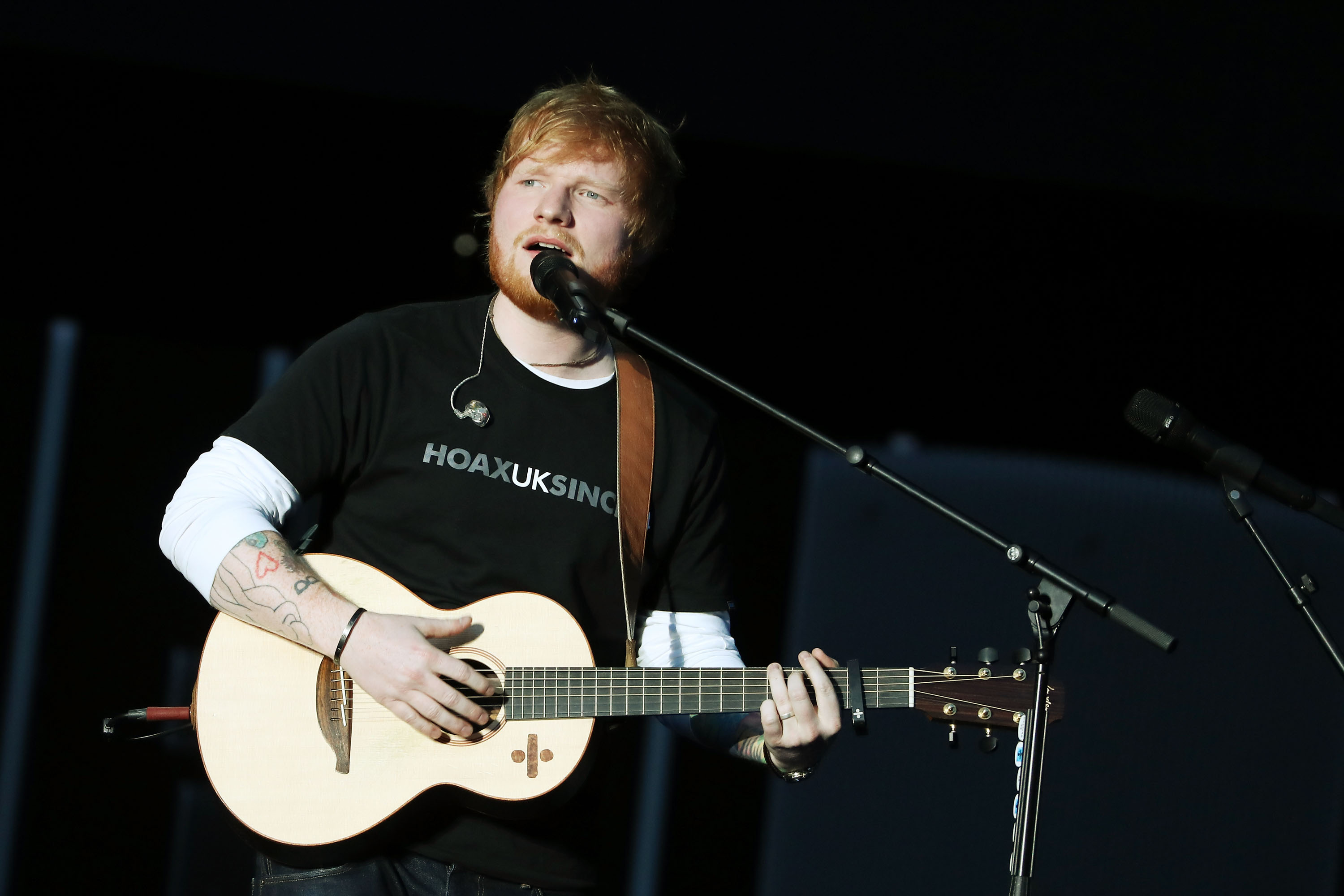 Cheeky Ed Sheeran responds to criticism of him wearing a t-shirt alongside couture-clad Beyonce