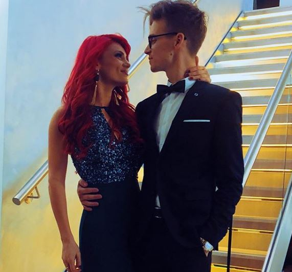 Joe sugg dating dianne buswell