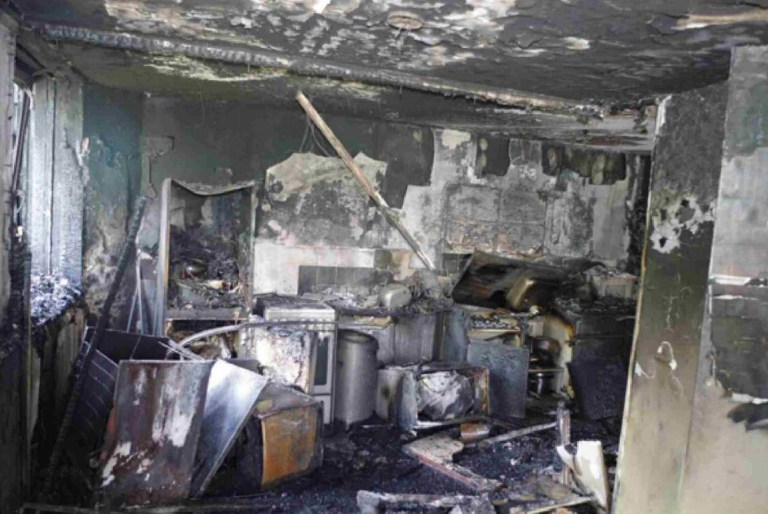 Undated handout photo issued by the Grenfell Tower Inquiry of the kitchen in flat 16 where the fire started on June 14 last year. PRESS ASSOCIATION Photo. Issue date: Monday June 4, 2018. Seventy-one people were killed after the fire tore through the housing block in Kensington, west London last year. See PA story INQUIRY Grenfell. Photo credit should read: Grenfell Tower Inquiry/PA Wire NOTE TO EDITORS: This handout photo may only be used in for editorial reporting purposes for the contemporaneous illustration of events, things or the people in the image or facts mentioned in the caption. Reuse of the picture may require further permission from the copyright holder.