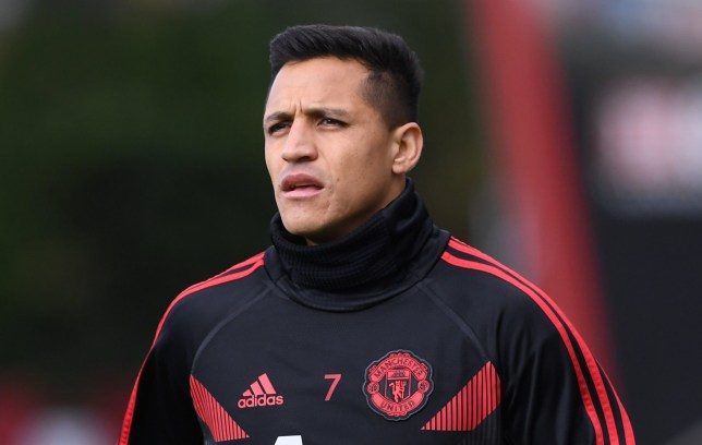 3rd November 2018, Vitality Stadium, Bournemouth, England; EPL Premier League football, Bournemouth versus Manchester United; Alexis Sanchez of Manchester United warms up (Photo by Simon West/Action Plus via Getty Images)