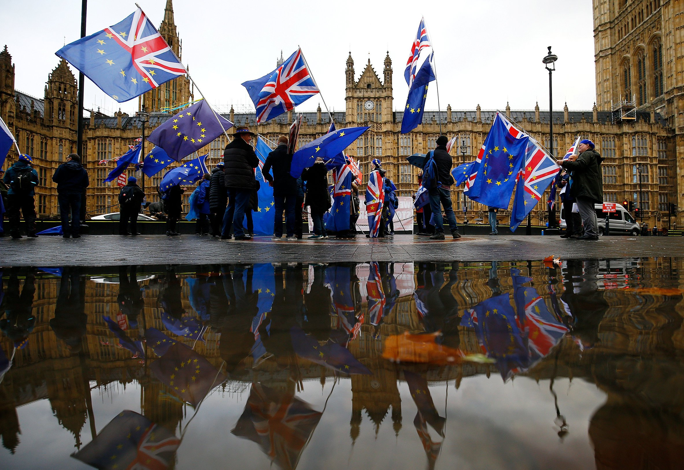 Anti-Brexit demonstrators protest outside the Houses of Parliament in London, Britain, December 3, 2018. REUTERS/Henry Nicholls