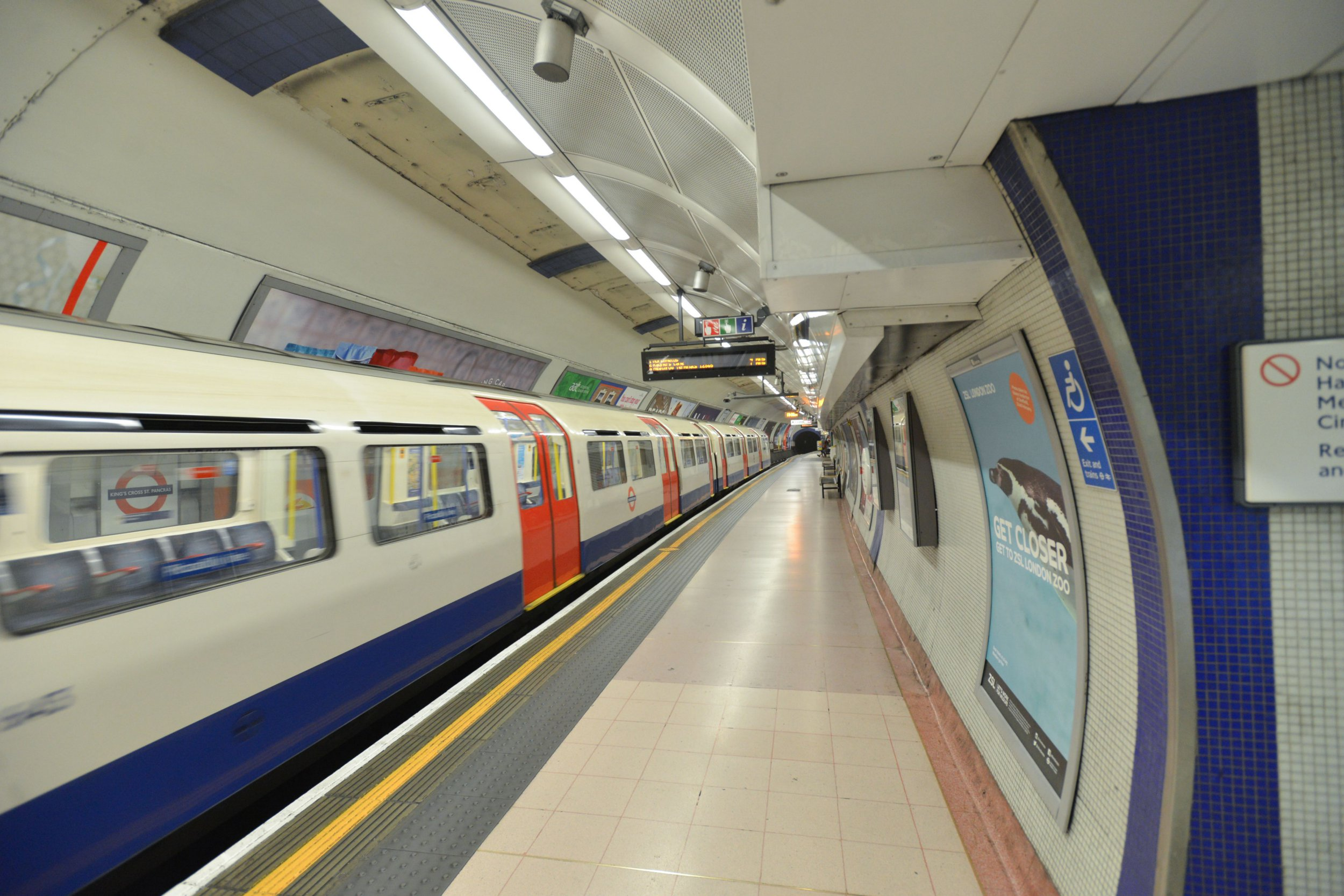 Mandatory Credit: Photo by Matthew Chattle/REX/Shutterstock (4929947r) Kings Cross Station Tube strike across London Underground network, Britain - 05 Aug 2015 Commuters start to leave at 4.30. The tube strike begins in London, with passengers warned that services will start to close from 18.30.