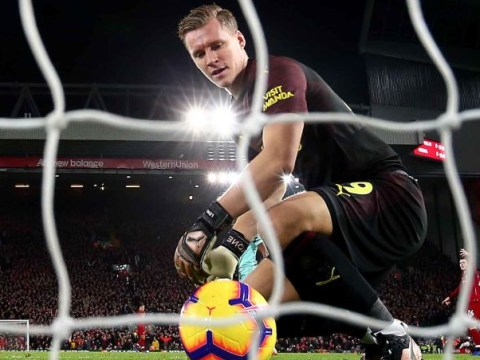 Tony Cascarino 'feels sorry' for Bernd Leno playing with Arsenal's defence