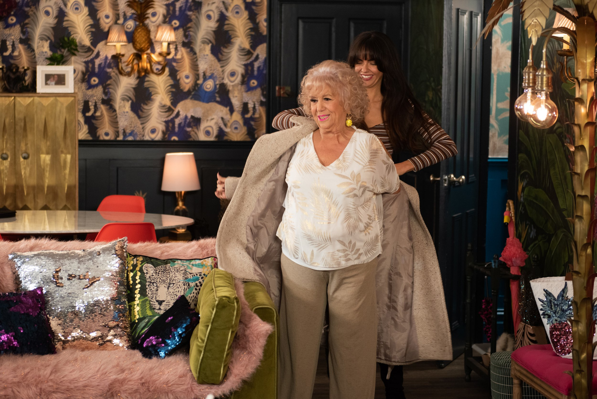 Hollyoaks spoilers: Nana McQueen to die after shock collapse?