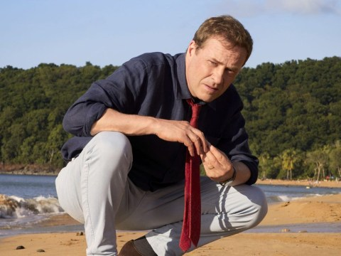 What time is Death In Paradise on tonight and who is in the cast?