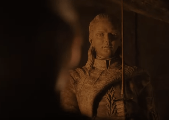 Game of Thrones s8: Why is Jon Snow statue older than Arya