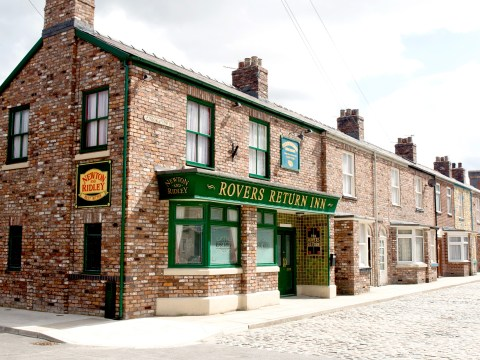 Coronation Street spoilers: Horror for the locals as criminals move onto the street