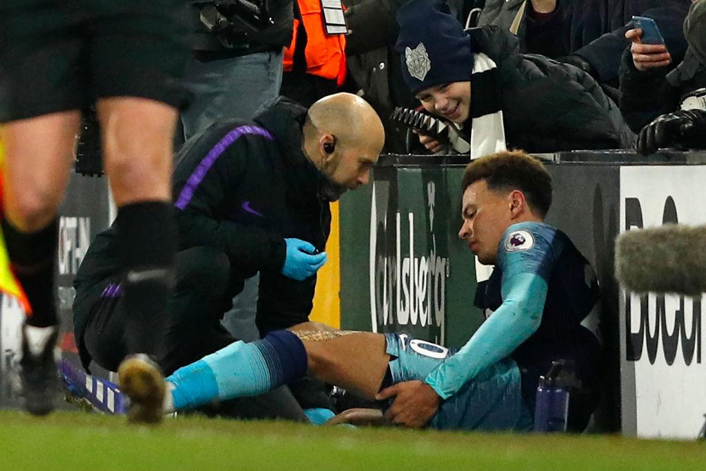 Mauricio Pochettino provides Dele Alli injury update after Tottenham defeat Fulham