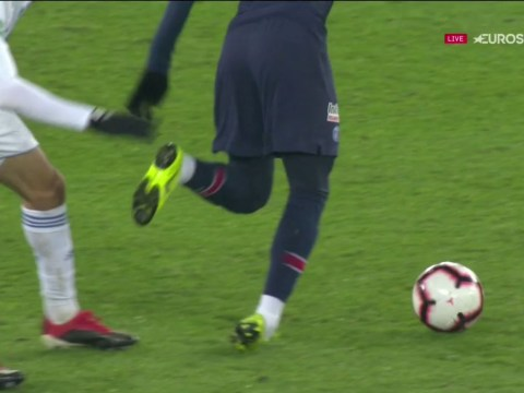 PSG star Neymar goes off in tears with ankle injury ahead of Manchester United clash