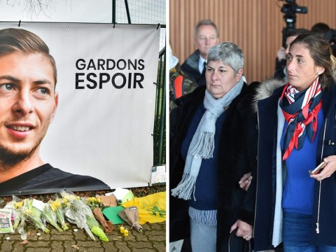 Emiliano Sala's family fly over area where his plane vanished as private search begins