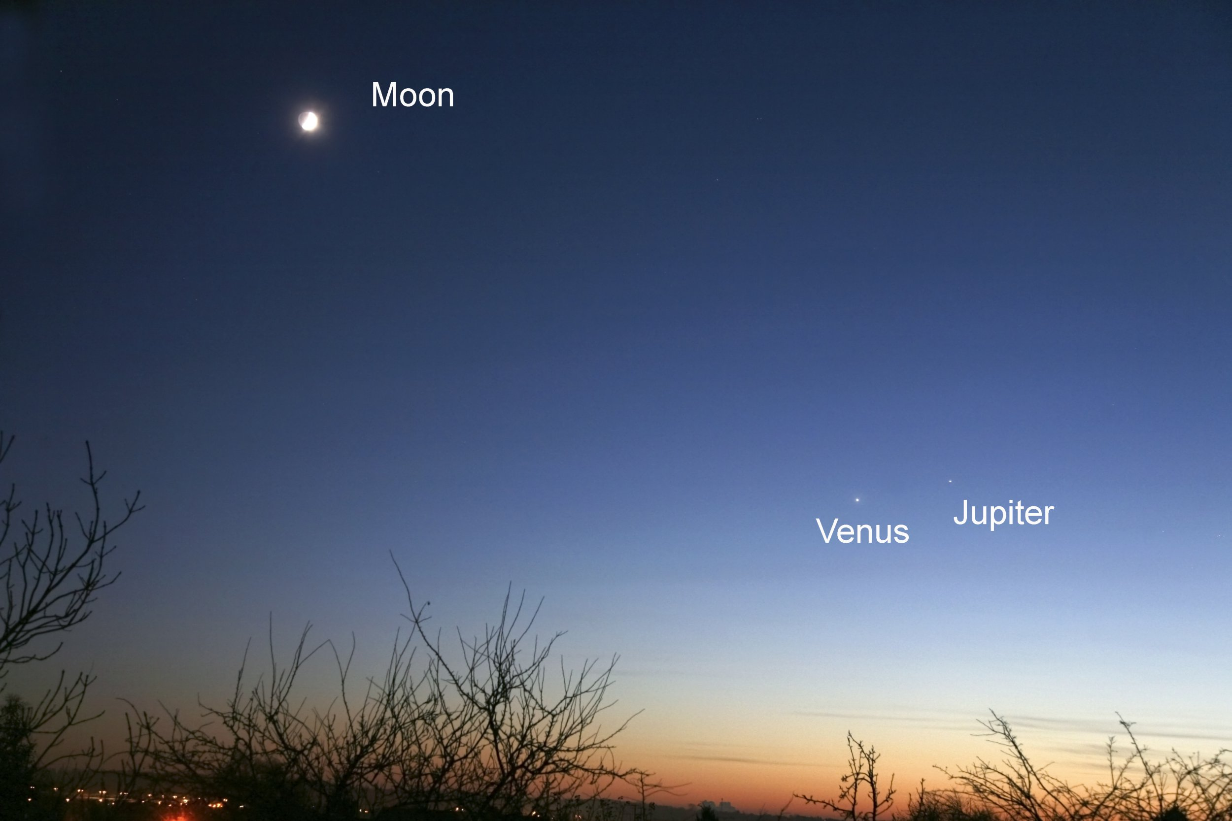 Why is Venus so bright? UNITED KINGDOM - MAY 30: Venus A crescent moon hangs in the sky above Venus (on the left) and Jupiter in the evening sky on 3 December, 2008. (Photo by Jamie Cooper/SSPL/Getty Images)