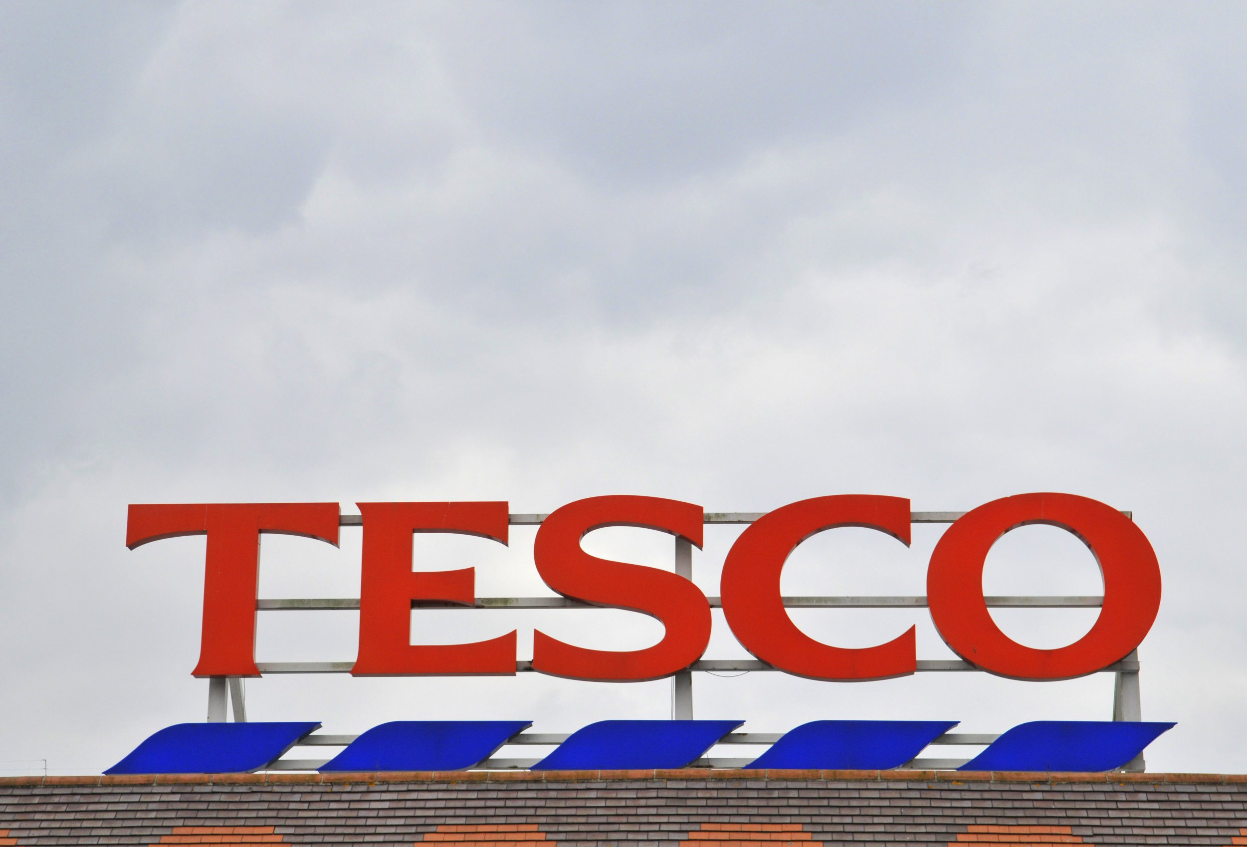 Tesco 'to axe 15,000 jobs and close meat, fish and deli counters'