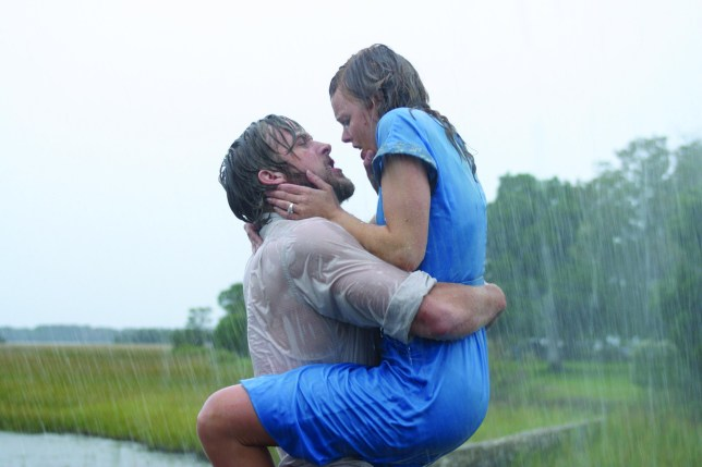 """Editorial use only. No book cover usage. Mandatory Credit: Photo by Snap Stills/REX/Shutterstock (2168818f) Ryan Gosling (left) stars as """"Noah"""" and Rachel McAdams (right) stars as """"Allie"""" The Notebook. - 2004"""