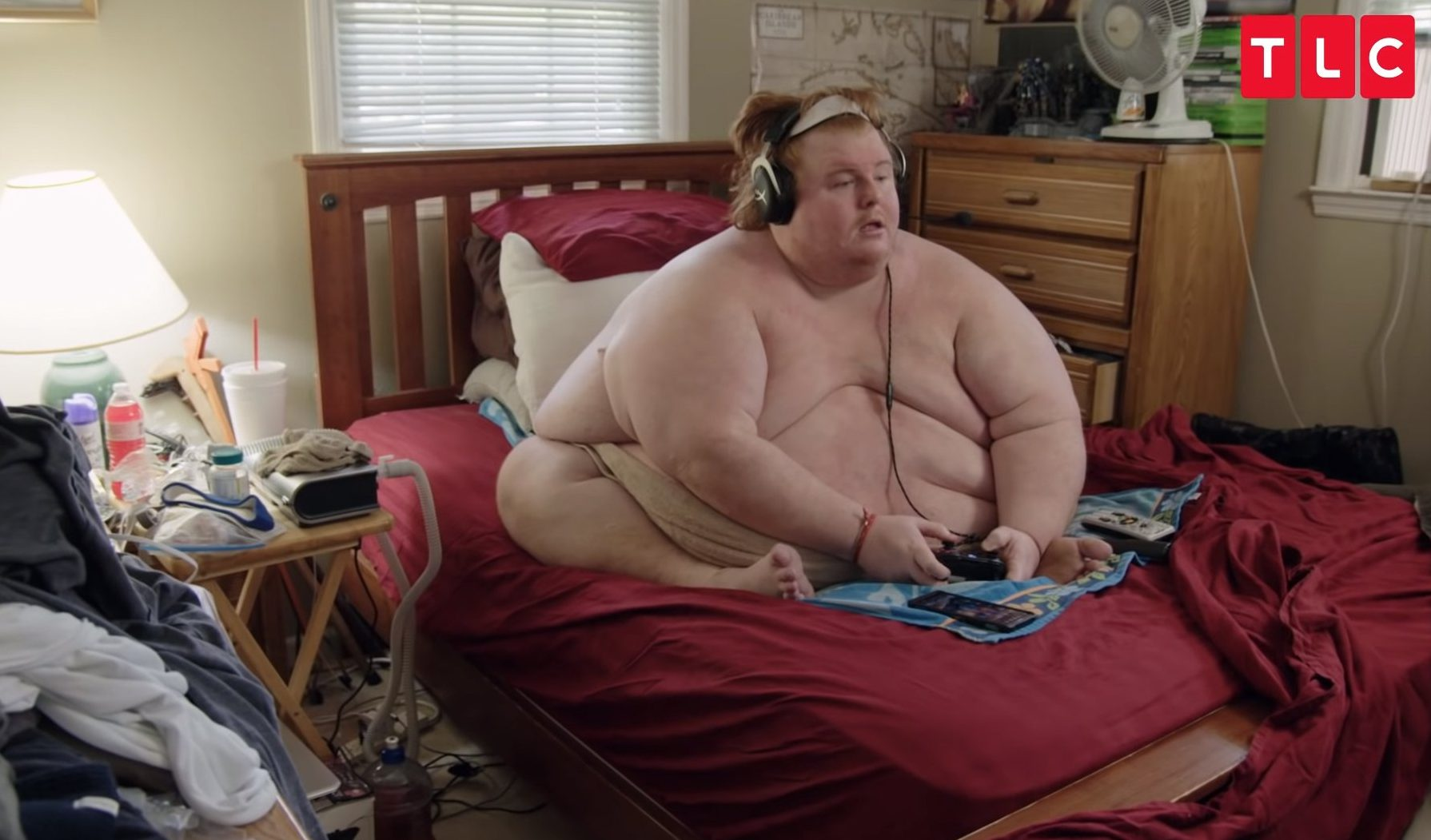 Family by the Ton, a spinoff of TLC's hit reality series My 600-lb Life, follows families struggling sometimes direly with weight issues. Its new season premiering January 2 features, among others, Casey King, who weighs over 700 pounds and lives with his father in Georgia.