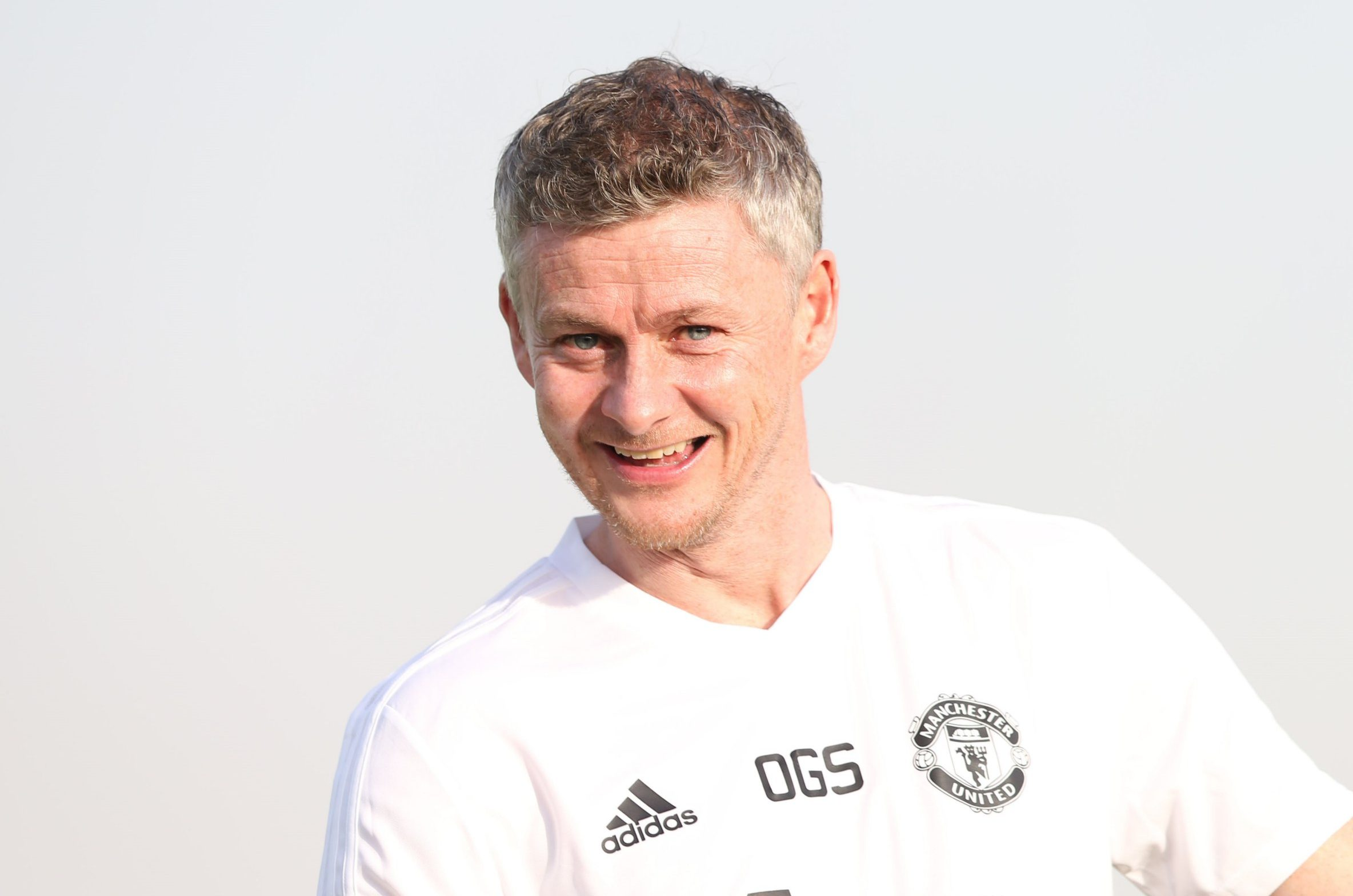 Solskjaer shakes hands with Ed Woodward on Manchester United job over dinner