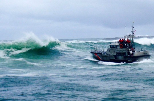 Crab boat from The Deadliest Catch capsizes in stormy waters killing