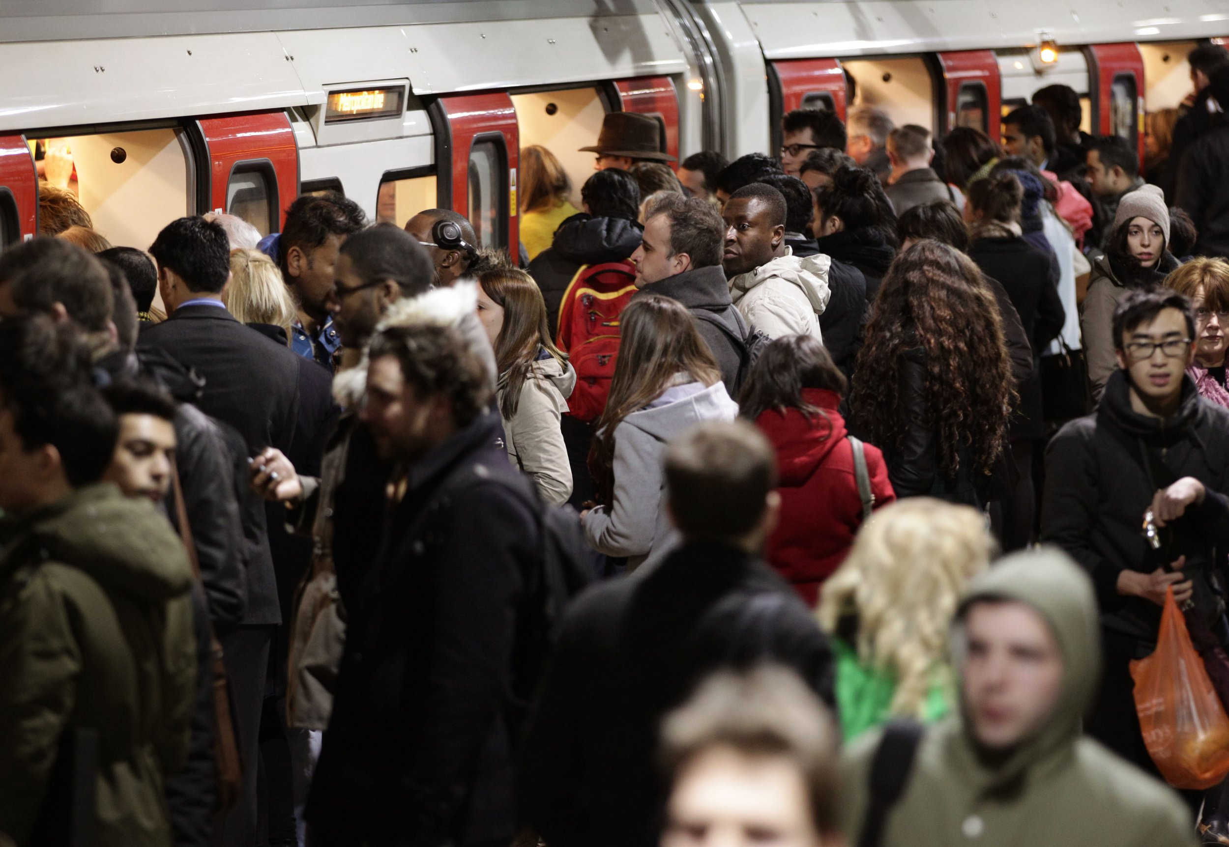 One hour on the Tube is as toxic as standing next to road for an entire day